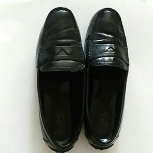 b.o.c. BLACK PATENT LEATHER PENNY LOAFERS